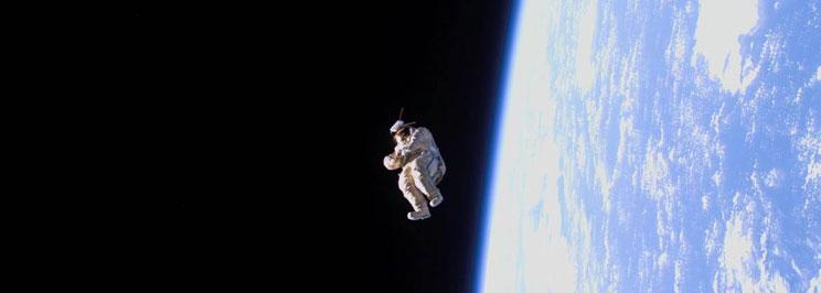 gravitation2