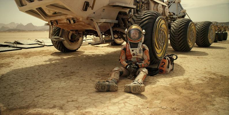 Filmen The Martian bygger en novell skriven av Andy Weir.