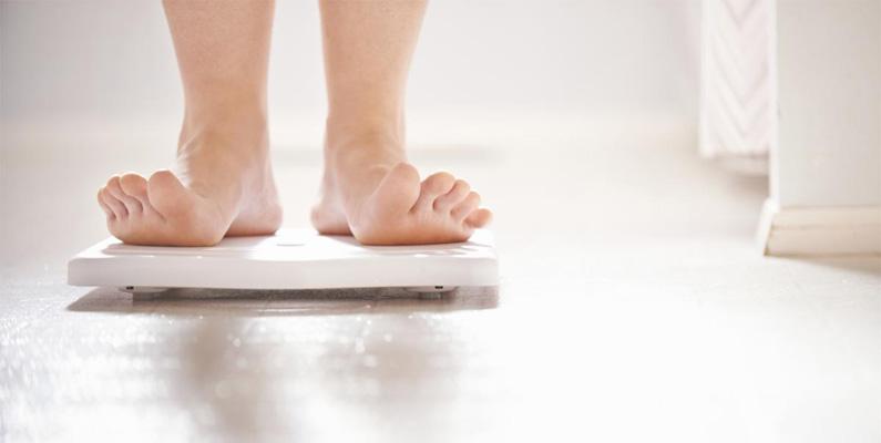 """Den löst sammanhängande organisationen """"Pro-ana"""" förespråkar för att anorexi är ett livsstilsval istället för en sjukdom. Subkulturen är främst internetbaserad."""