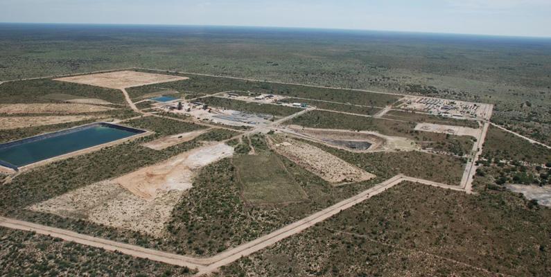 Botswana är i folkmun känd som en bananrepublik och livnäras på diamantutvinning. Landet står för 25% av all världens diamantutvinning.