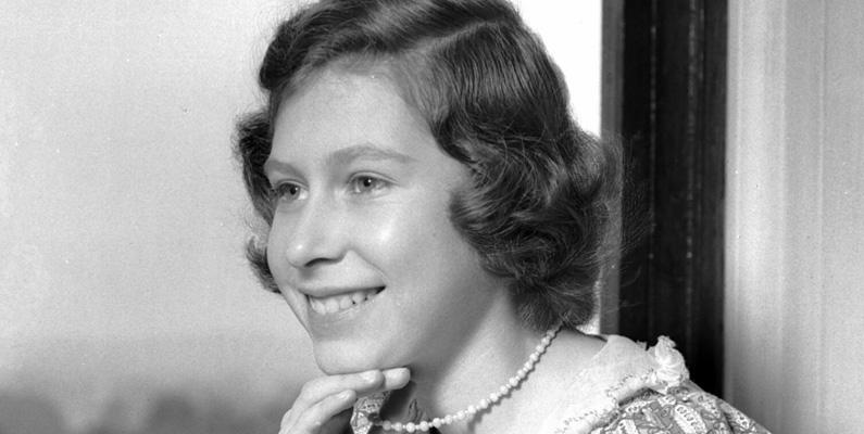 Drottning Elizabeth II var välutbildad, och studerade konstitutionell historia och lag för att sig inför sin framtida roll som drottning.