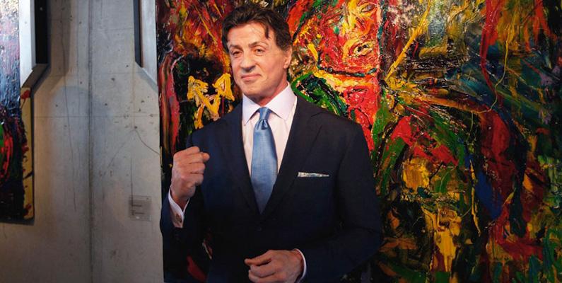 Stallone har ett stort intresse i konst, och har själv målat i över 35 års tid.