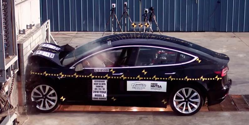 Tesla har ofta jämfört bilens säkerhet med Volvo S60, och flera kraschtester har jämfört mellan modellerna.