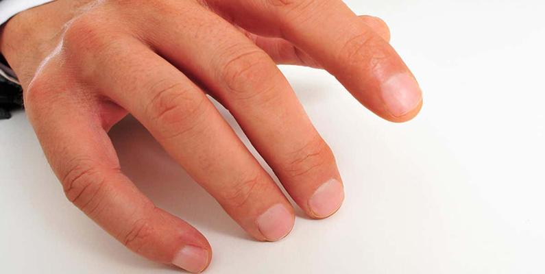 Människans fingrar kan känna föremål så små som 13 nanometer. Det betyder att om ditt finger var av samma storlek som jorden skulle du kunna känna skillnaden mellan hus och bilar.