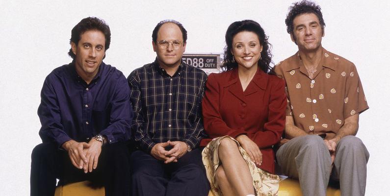 """Jerry Seinfeld är den enda rollmedlemmen som har varit med i alla 172 avsnitt. Jason Alexander (George) kommer dock på en nära andraplats, då  han bara missade ett avsnitt; """"The Pen""""."""