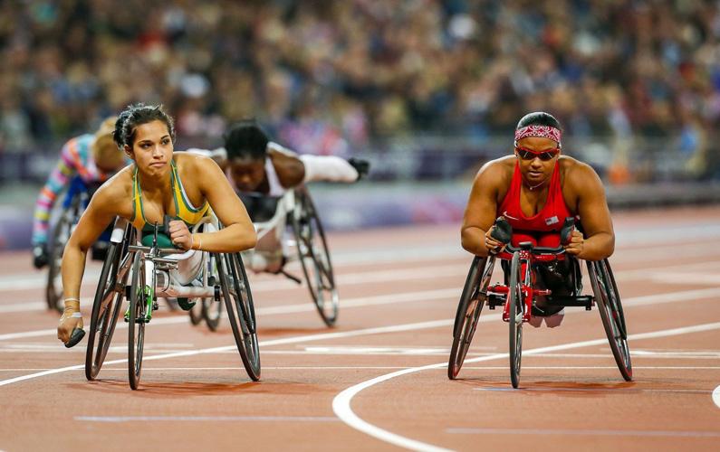 Paralympics – även kallat Paralympiska spelen (syftande på de parallella spelen) eller handikapp-OS är parasportens motsvarighet till de olympiska spelen. Paralympics är bara öppet för personer med funktionsnedsättning såsom rörelsenedsättning, synnedsättning eller utvecklingsstörning. De första sommarspelen anordnades 1960 i Rom, Italien, och de första vinterspelen 1976 i Örnsköldsvik, Sverige. De arrangeras samma år som OS, numera på samma ort (oftast några veckor senare). Nedan finner du tio intressanta fakta som du säkerligen inte kände till om just Paralympics!